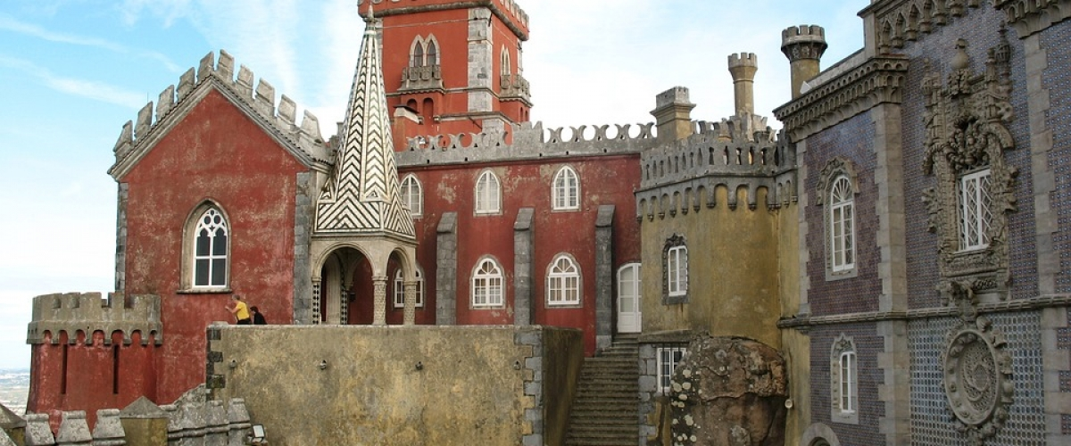 A Guide To Visiting Castles in Sintra, Portugal