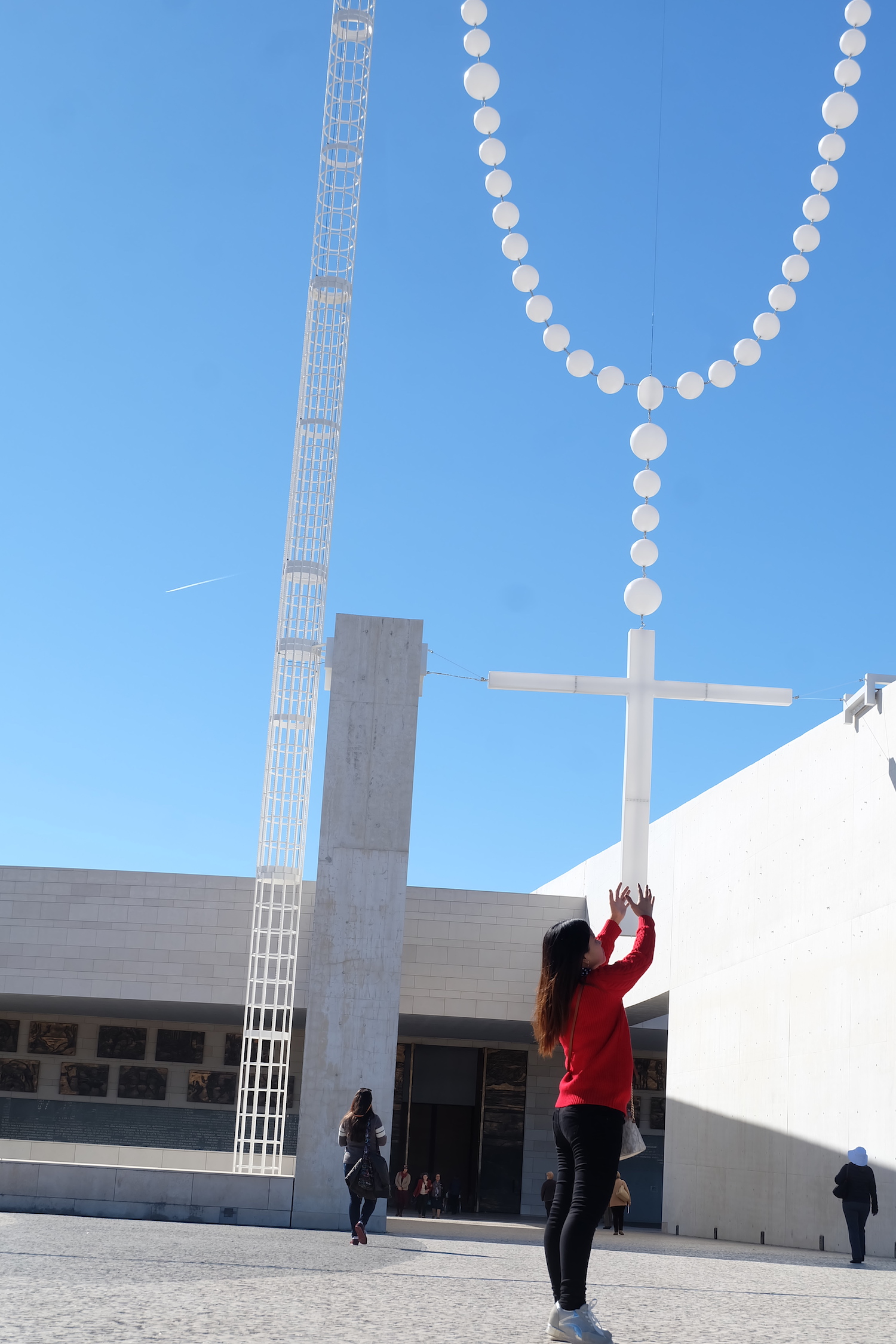 Fátima Shrine: A Journey to the Altar of the World